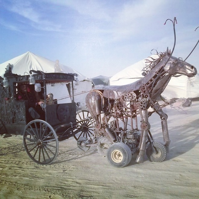steampunk horse and carriage